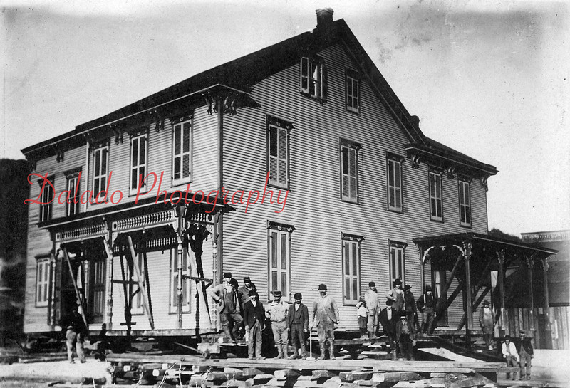 Croninger's home that stood on the site of Brest Packing (later Kreisl Brothers Inc. and Croninger Packing Co.) on Walnut Street. The house was moved to the east side of Third Street where it stood for about 20 years.