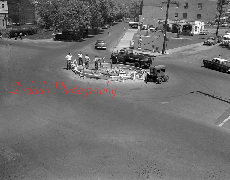 (1959) Flower circle at Market and Lincoln streets.