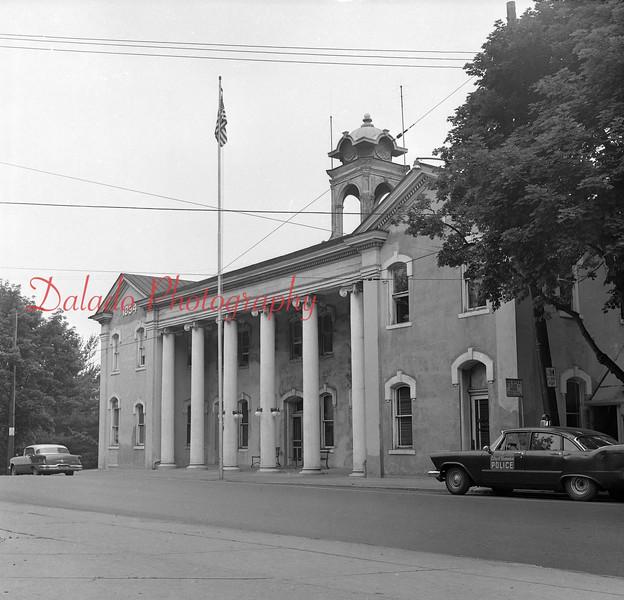 (1964) City Hall.