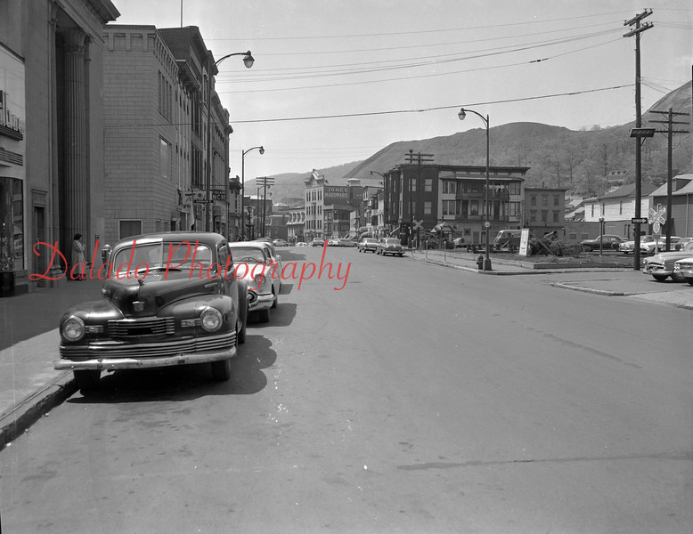 (1960) Independence Street.