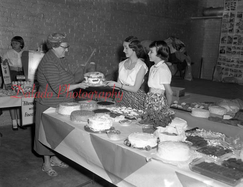 (05.05.1955) Junior and Senior Y-Teens of Tharptown. Miss Hanna Hepler, a teacher along with Sandra Yeager, and Judy Clark.