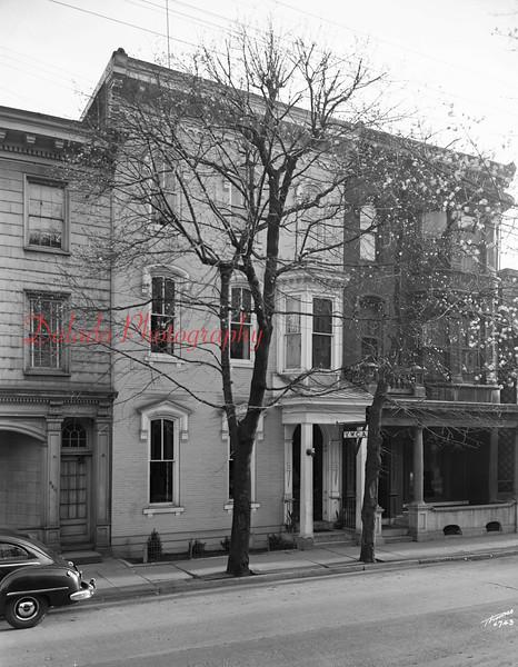 (04.12.1949) YWCA along Sunbury St.