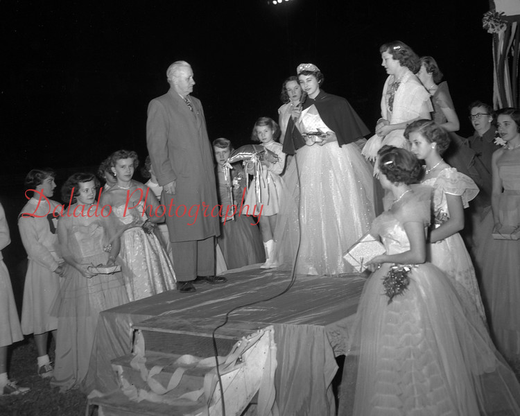 (1952) Coal Township High School homecoming.