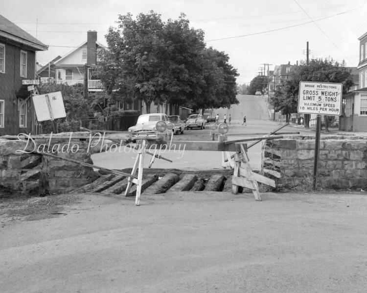 (Sept. 1966) Spruce and Third streets in Mount Carmel.