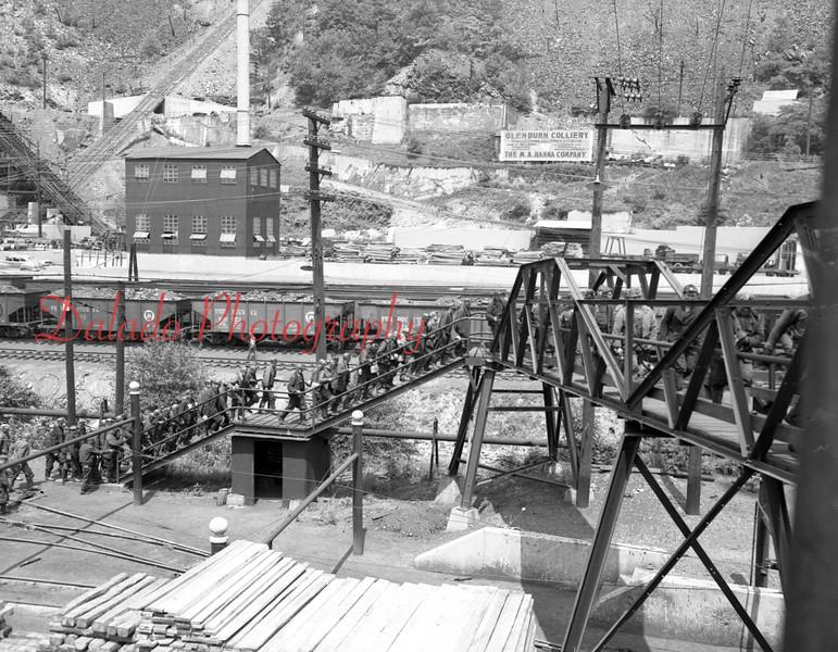 (1949) Men ending a shift at the Glen Burn.