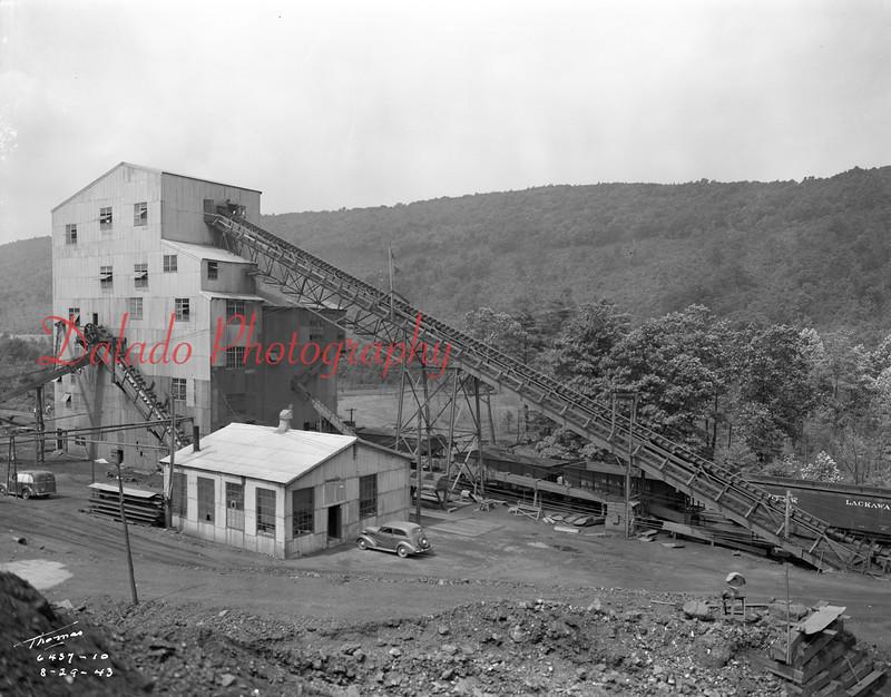 (08.29.1943) Stevens at the west end of Trevorton.
