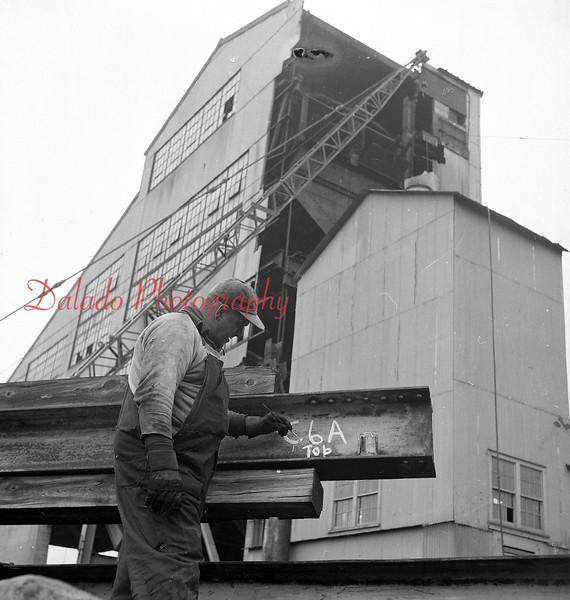 (March 1957) Unknown breaker.