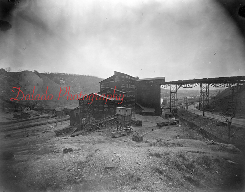 Glen Lyon Colliery. Stood from 1933 to 1967.