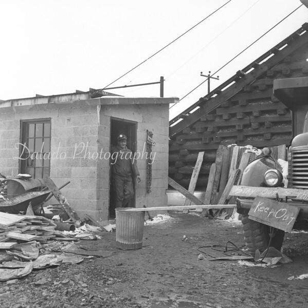 (1965) Mining, unknown location.