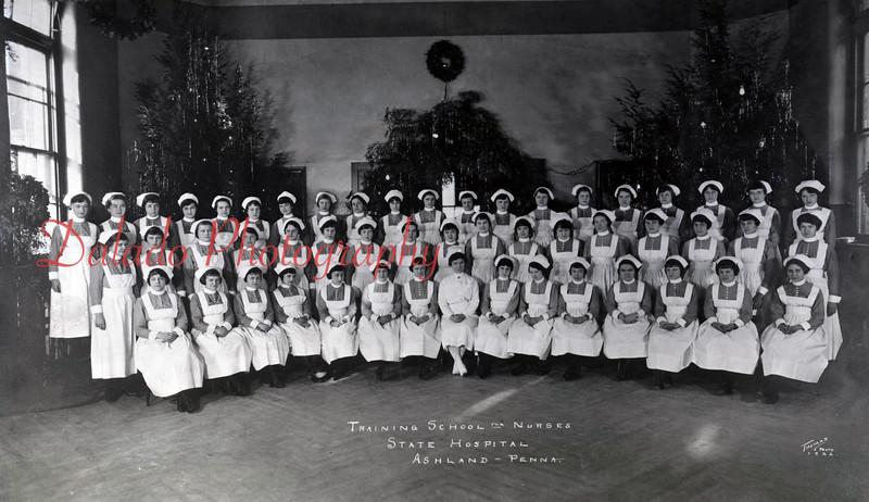(1922) Training School of Nurses at Ashland State Hospital.