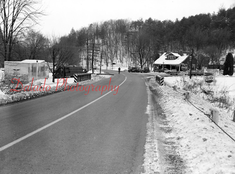 (Dec. 19, 1960) Route 225 intersection at Dornsife.