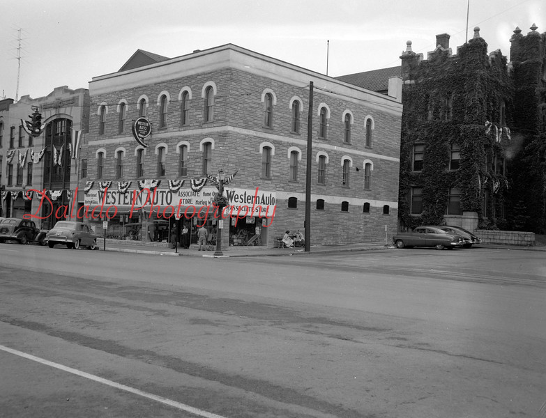(08.07.1952) Western Auto, most likely in Bloomsburg.