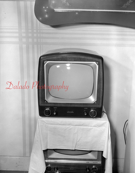 (08.30.1951) Random TV.