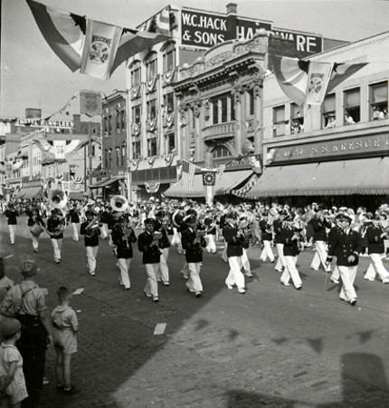 (1939) Celebrating the Diamond Jubilee.