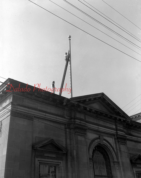 (1955) U.S. Postal Office in Shamokin.