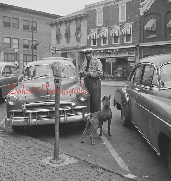 Mount Carmel officer and dog.