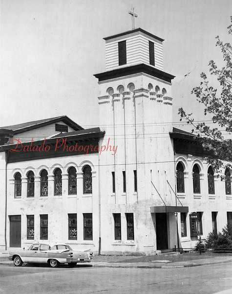 (1964) Chestnut Street Methodist Church.