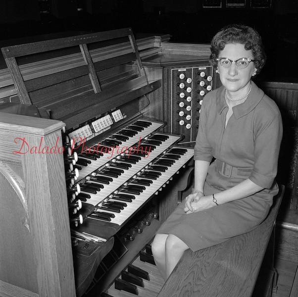 (April 1963) Chestnut Street Church.