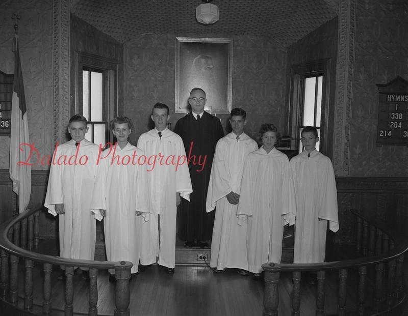 (11.01.1958) Rev. Singer at Urban Evangelical Reformed Church, Urban.