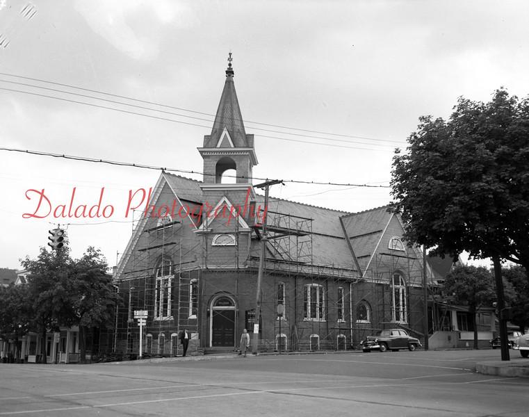 (09.18.1952) Grace Reformed Church, Market Street, Mount Carmel.