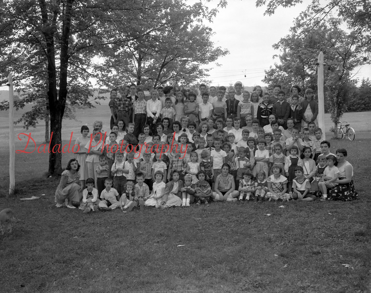 (06.20.1957) Blue Church, Overlook, at Vacation Bible School.