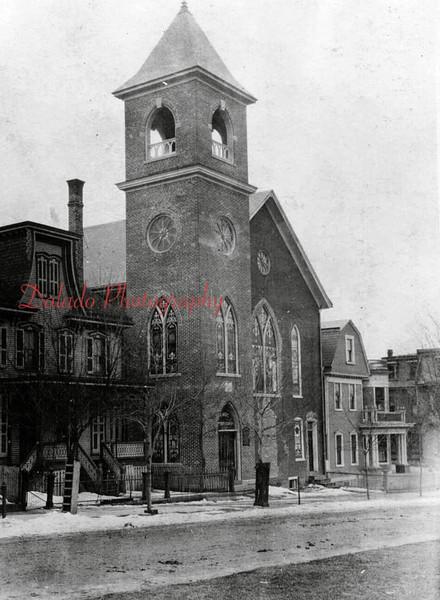 First Baptist Church, Lincoln Street.