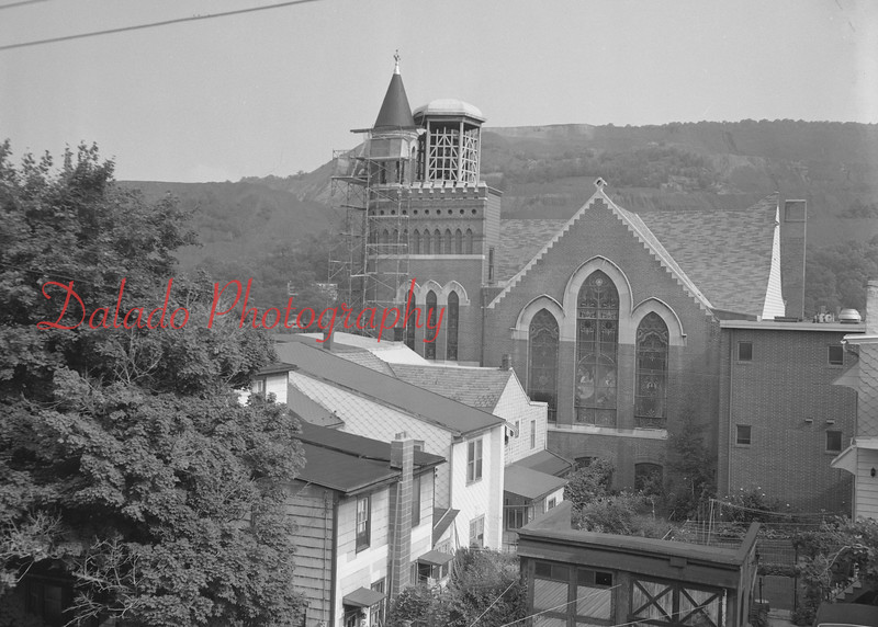 (07.27.73) St. John's United Church of Christ chapel work.