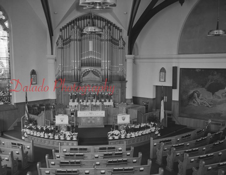 (06.17.73) St. John's United Church of Christ interior.