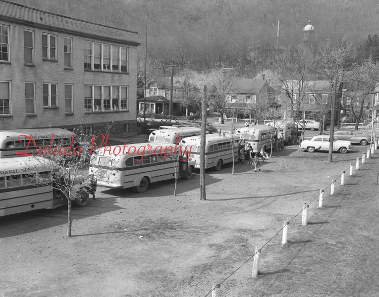 (1957) Buses outside of Tharptown (Uniontown) Grade School.