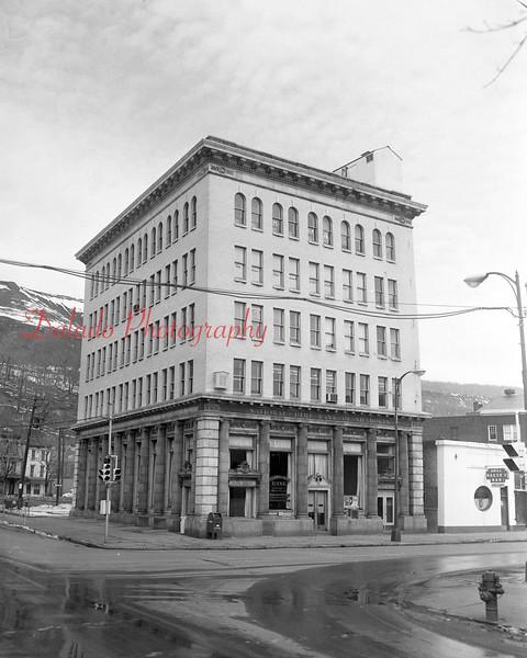 (1964) National Dime Bank.