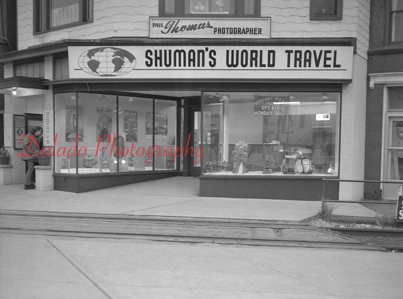 (12.07.70) Shuman's World Travel.