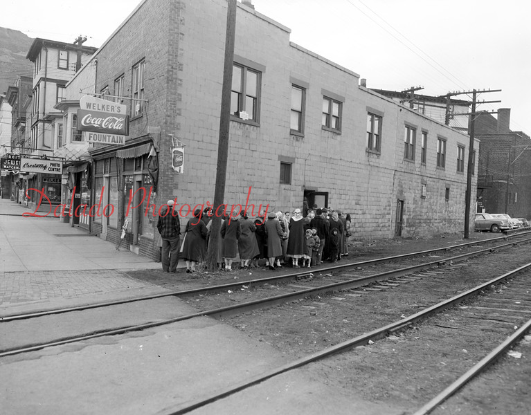 (05.19.1956) Welker's along Market Street, near Water Street.
