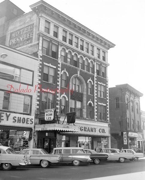 (Jan. 1964) W.T. Grant Co.