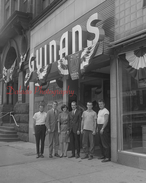 (1964) Guinans.
