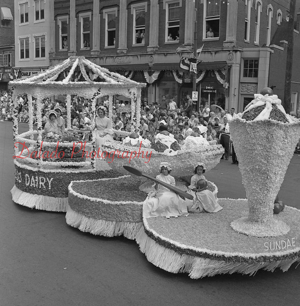 (1964) Reed's float.