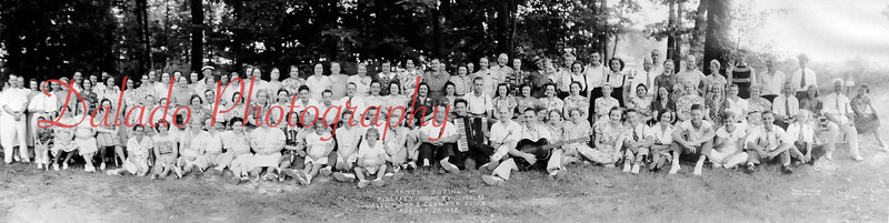 (08.27.1938) Annual outing of Fidelity Hosiery Workers at the Valley Gun and Country Club.