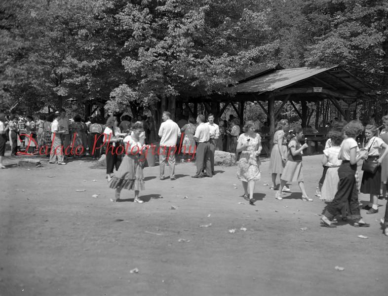 Shroyers Dress picnic at Knoebels.