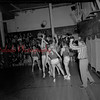 (10.09.1953) Basketball game in Shamokin High School. (Notice this is before the school made a false floor to expand the café.)