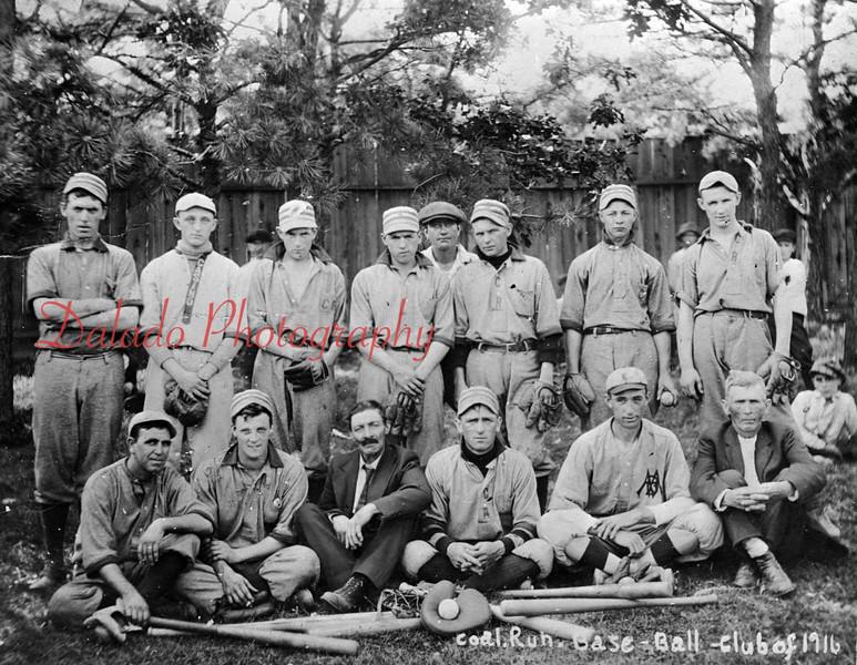 (1916) Coal Run baseball team.