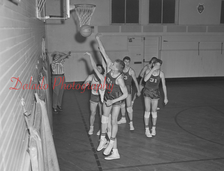 (1959) Coal Township basketball.