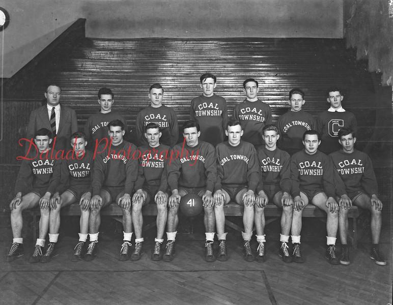(1941) Coal Township basketball.