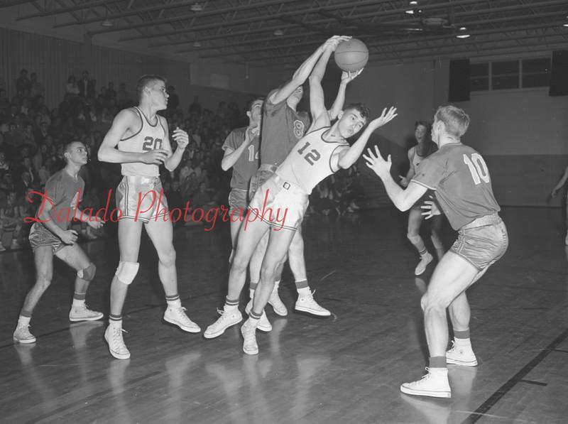(1960) Lourdes basketball.