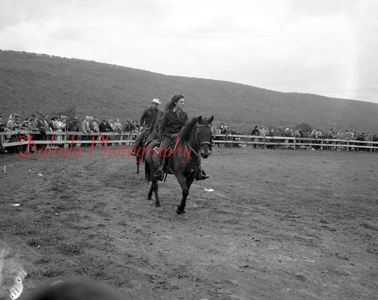 (10.15.53) Annual Kiwanis Horse Show at Mt. Poco, off Trevorton Road.