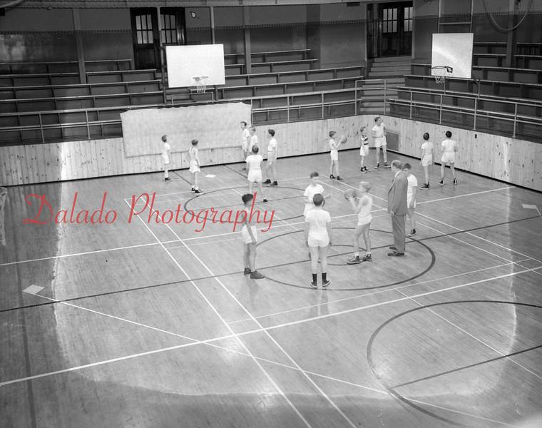(12.18.1952) Shamokin High School basketball.
