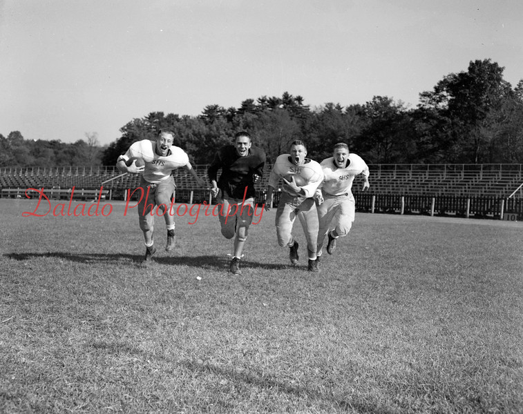 (09.11.52) SHS football players are Bill Quinn, left, and Francis Zielinski.