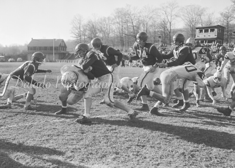 (1961) Shamokin football.