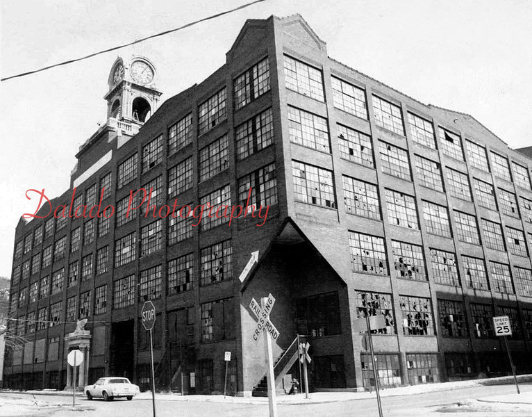 The Shamokin Realty Corporation was a leasing company, which over a period of years leased the space in the sprawling building. Among the firms that leased the building were the Shamokin Shoe Company and CluettPeabody Corporation, manufacturer of Arrow Shirts. In 1972, the Corporation was dealt a major blow when the Arrow left.
