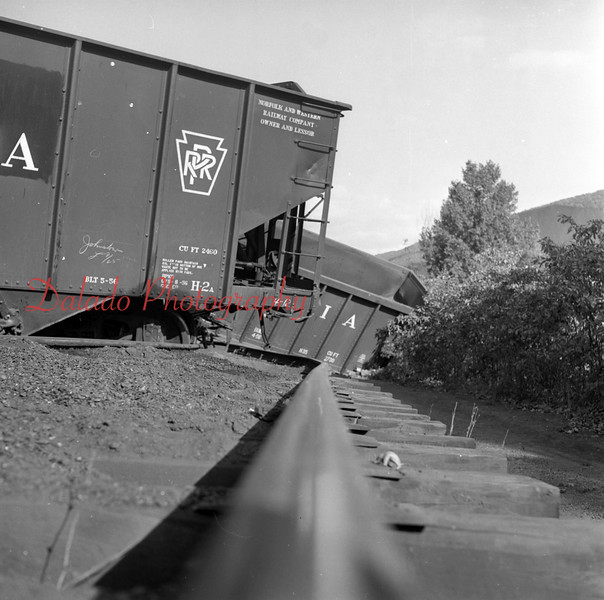 (Oct. 1957) Train wreck, unknown location. Maybe Tharptown.