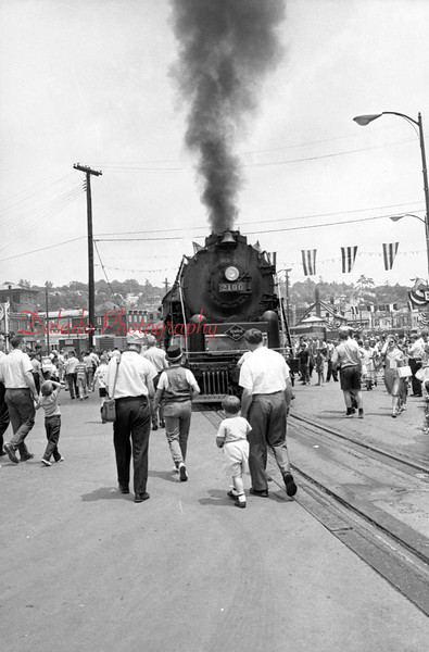 (1964) Train in Shamokin for the Centennial.