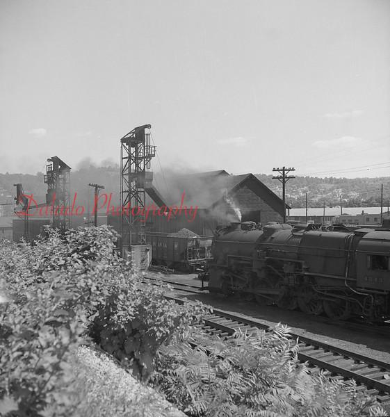 (1956) Pennsylvania yard at Sixth and Walnut streets in Shamokin.